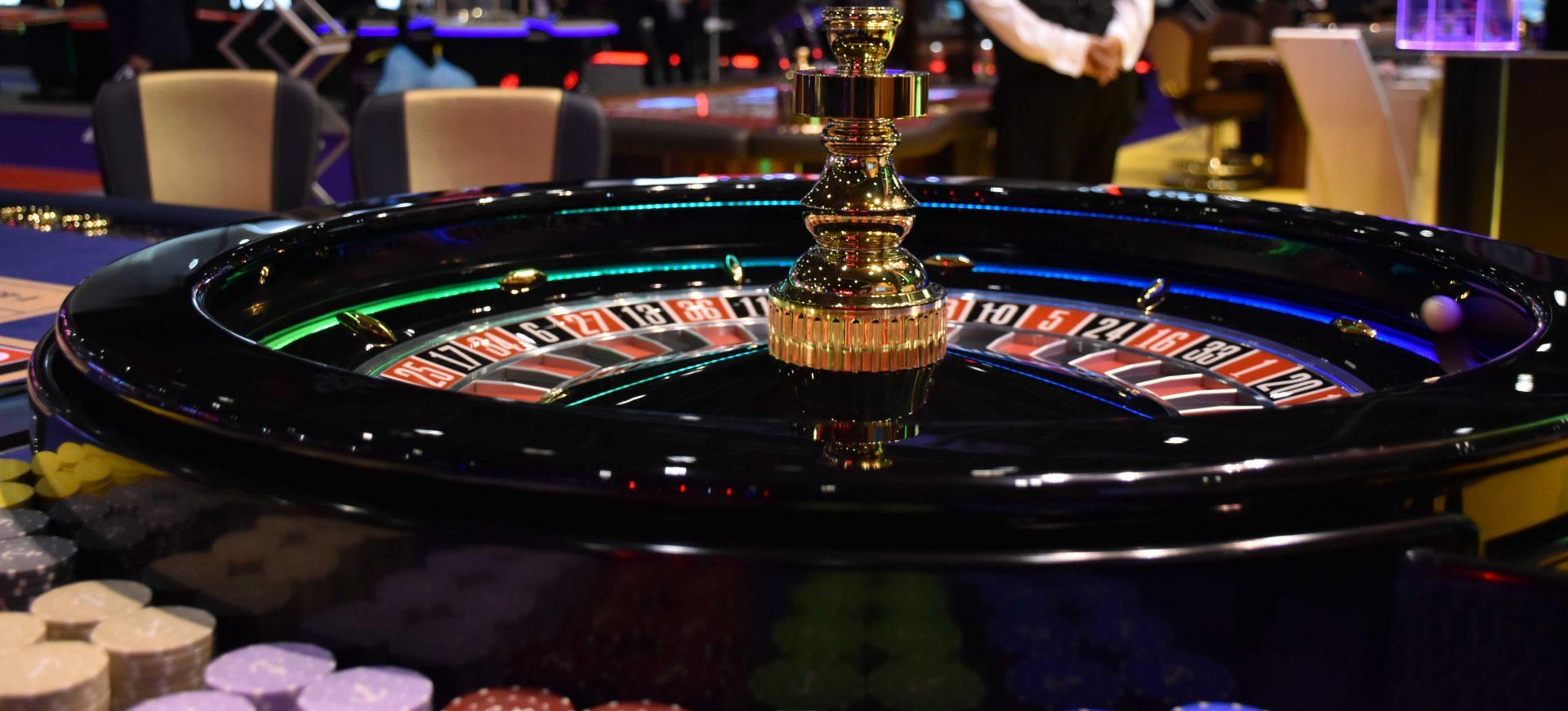 дырки в скриптах казино
